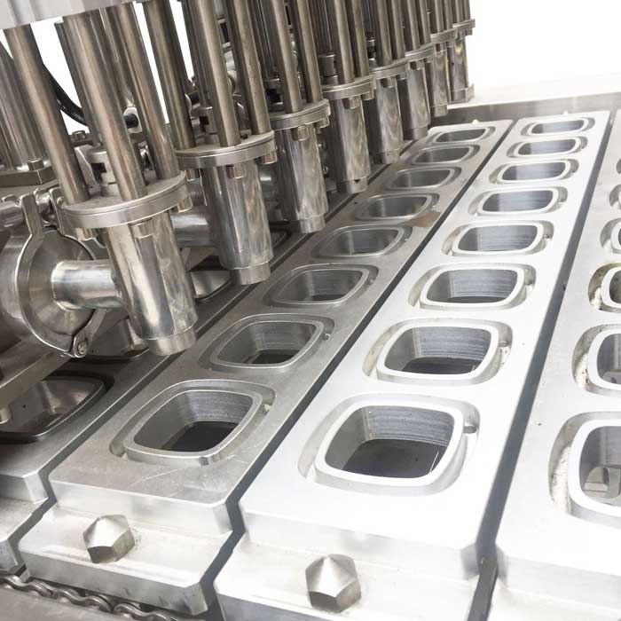 continuous tray sealer